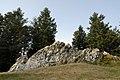 La pierre de la Wivre, sur le mont Beuvray, site de l'ancienne capitale gauloise Bibracte. Nièvre et Saône-et-Loire, Bourgogne, France.jpg
