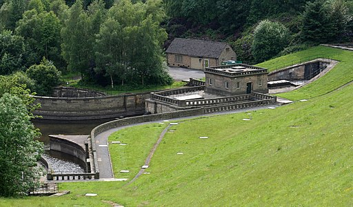 Ladybower Dam, lower