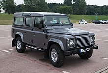 Land Rover Defender - Wikipedia