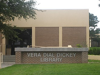 Clarendon College (Texas) - Vera Dial Dickey Library at Clarendon College