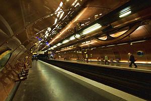 """Steampunk - Paris metro station """"Arts et Métiers"""""""