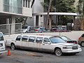 Lincoln Town Car limousine (26273769633).jpg