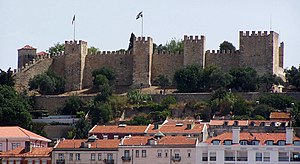 History of Lisbon - The visible profile of the Castle of São Jorge overlooking the historical centre of Lisbon