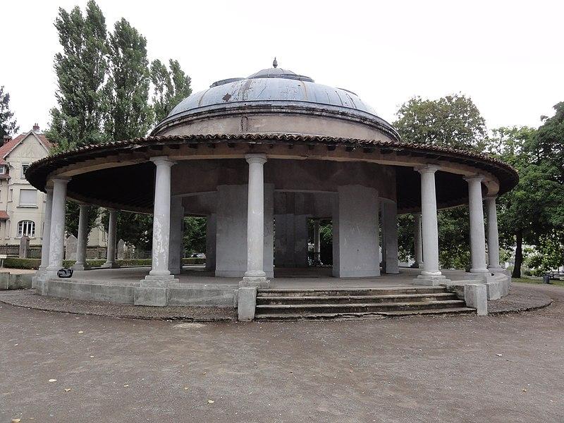 Longwy (Meurthe-et-M.) kiosque à musique