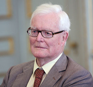 Douglas Hurd British Conservative politician and novelist