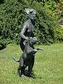 Mädchen mit Panther (Zoologischer Garten).JPG