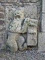 Médréac (35) Cimetière - Bas reliefs de l'entrée principale 01.jpg
