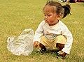 Młoda Mongołka na lokalnym festiwalu Naadam (03).jpg