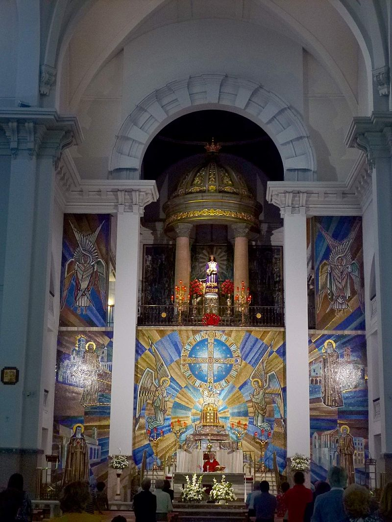 Madrid - Basílica de Jesús de Medinaceli 05.jpg