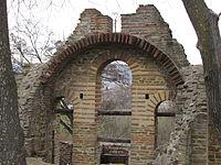 Manastir Presvete Bogorodice u Kuršumliji - sačuvani ostaci 03.JPG