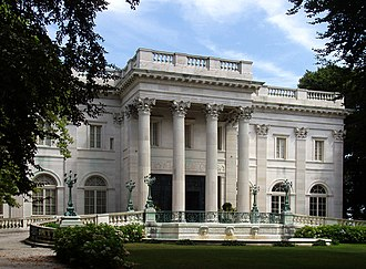Bellevue Avenue Historic District - Marble House, the first large mansion