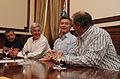 Mauricio Macri firmó acuerdos con representantes de la ciudad de Venado Tuerto (8435362003).jpg