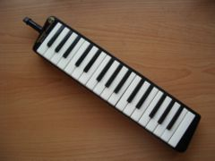 Hohner melodika