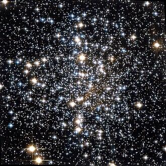 Messier 4 - Image: Messier 4 Hubble Wiki Sky