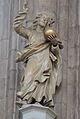 Mesto Brno - Kristus jako Sv. Salvator na vrcholu strisky kazatelny v kostele Sv. Jakuba.jpg