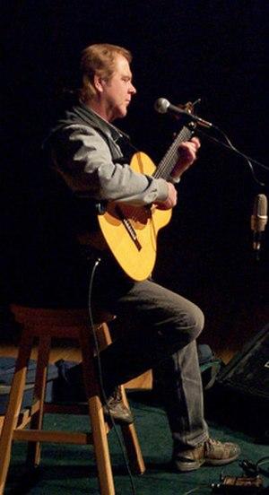 Michael Johnson (singer)