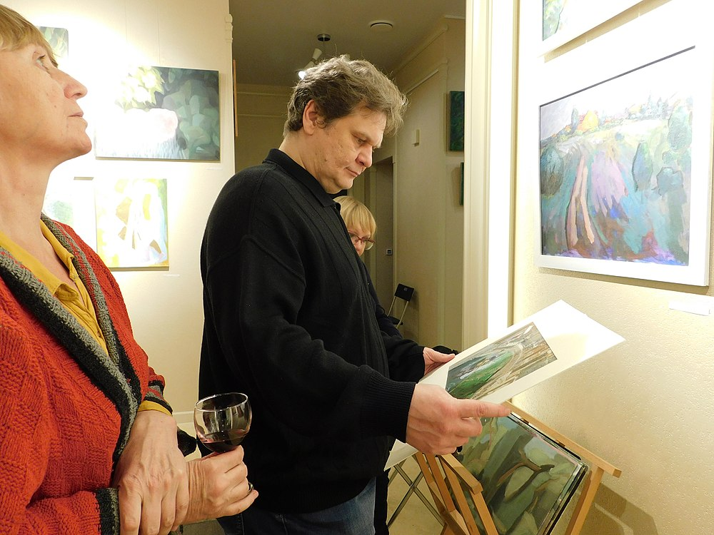 Minima gallery opening (Green collisions; 2018-12-01) 09.jpg