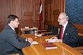 Ministru prezidents Valdis Dombrovskis tiekas ar Eiropas Kopienu tiesas tiesnesi Egilu Levitu (7995396024).jpg