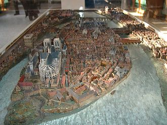 Musée Carnavalet - Scale model of the Île de la Cité in the 16th century