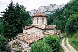 Monastère orthodoxe Saint Antoine le Grand (Drôme).jpg
