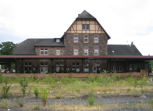 Limburg-Staffel–Siershahn railway - Old Montabaur station (2005)