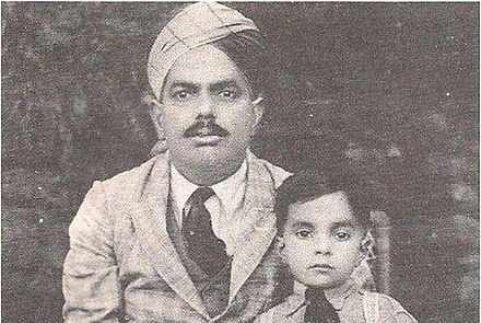 Muhammad Zia-ul-Haq with his father (1929) Muhammad Zia-ul-Haq with his father (1929).jpg