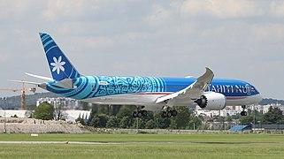 N1015X Air Tahiti Nui Boeing 787-9 Dreamliner 43.jpg