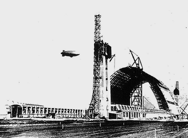 NAS Santa Ana Hangar 1 under construction 1942