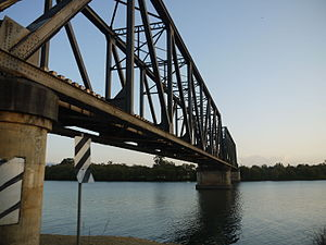 Nambucca River - North Coast Railway Bridge at Macksville