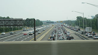 Monroe Township, Middlesex County, New Jersey - Congestion on the New Jersey Turnpike approaching the merge. This lane-configuration was extended to Exit 6 in 2014.