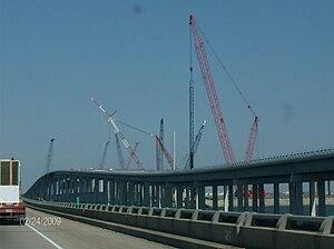 I-10 Twin Span Bridge - Image: Newtwinspan