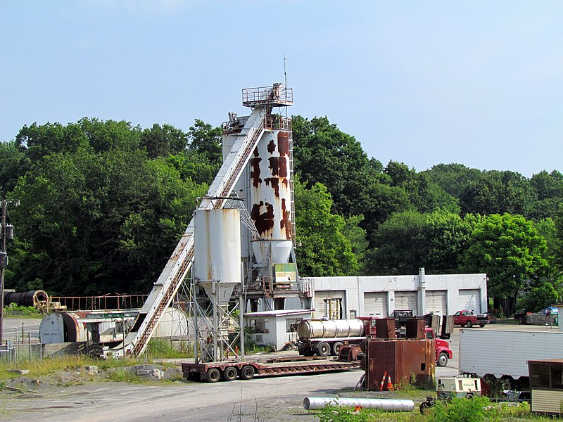 File:Next door life goes on Exhibition Coal Mine Beckly WV 8546 (7536124408).jpg