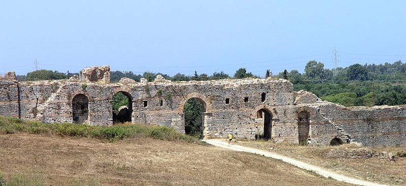 Nicopolis LR wall.jpg