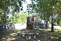 Novomyrhorod Monument in Honour of 40th Anniversary of Victory in WW2 01 Sobornosti Str. 96 4 (YDS 2925).jpg