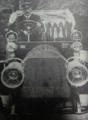 O Infante D. Afonso, filho de D. Luís I, num dos seus potentes automóveis.png