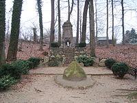 Oelixdorf Denkmal-Chaussee Dec-2008 SL271930.JPG