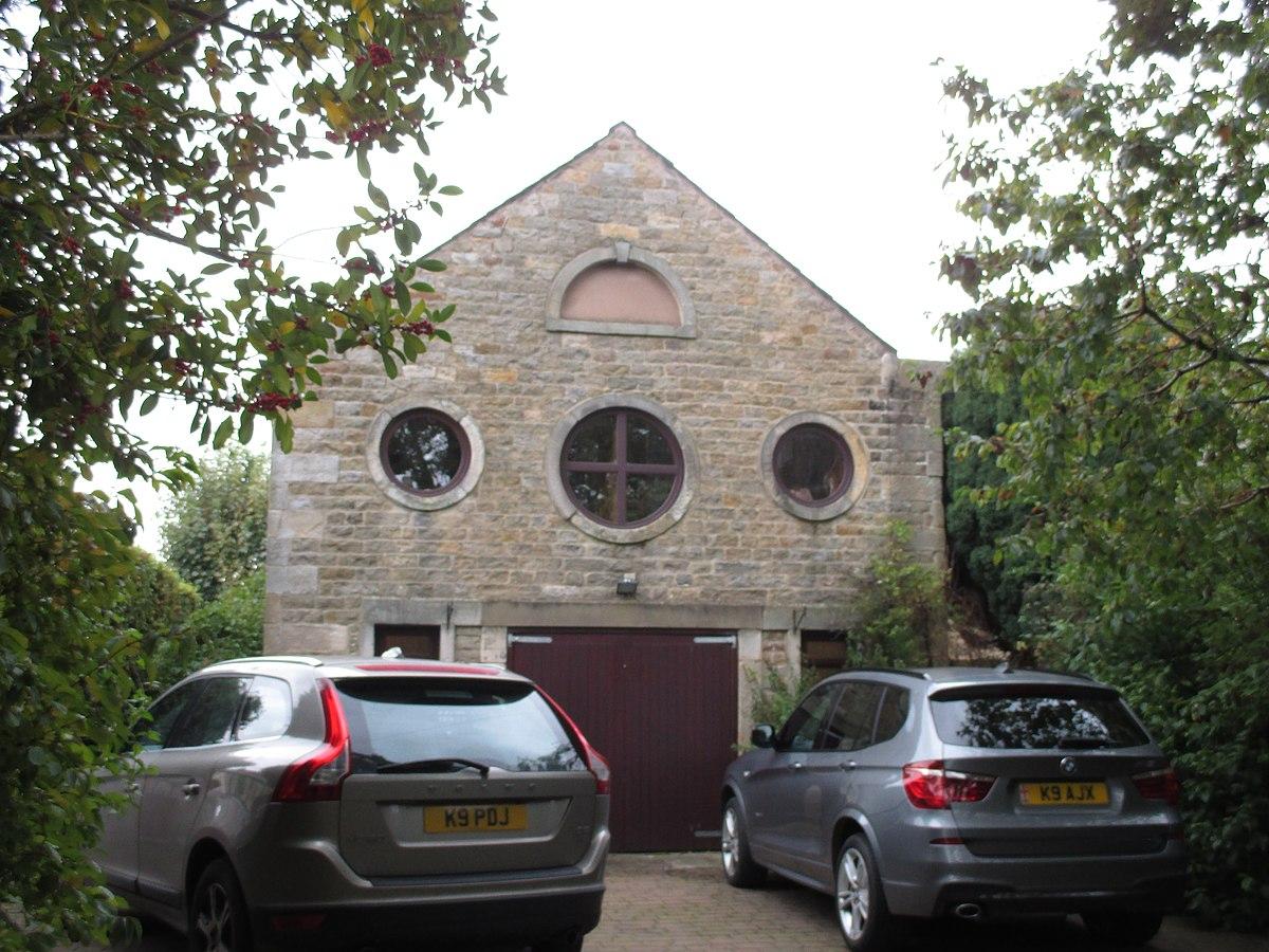 Old Hall Barn.jpg