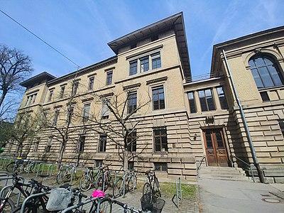 Old Physics Department of the University of Tübingen.jpg