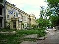 Old building at the Tighina street - panoramio.jpg