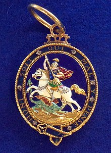Order of the Garter badge2 (United Kingdom) - Tallinn Museum of Orders.jpg