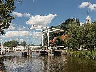 Ouderkerk aan de Amstel - Image: Ouderkerk ad Amstel, de Kerkbrug RM31977 foto 6 2015 08 28 13.10