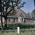 Overzicht van de voorgevel van de boerderij - Hoogwoud - 20381556 - RCE.jpg