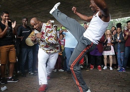 Capoeira - Wikipedia