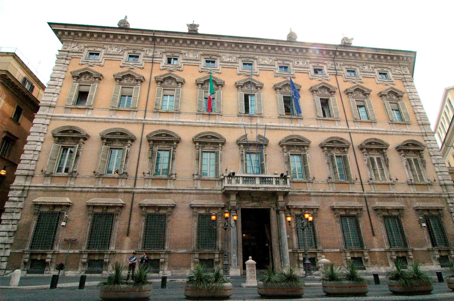 Palazzo madama roma wikipedia for Senato della repubblica sede