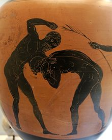 Two athletes competing in the pankration. Panathenaic amphora, made in Athens in 332–331 BC, during the archonship of Niketes. From Capua
