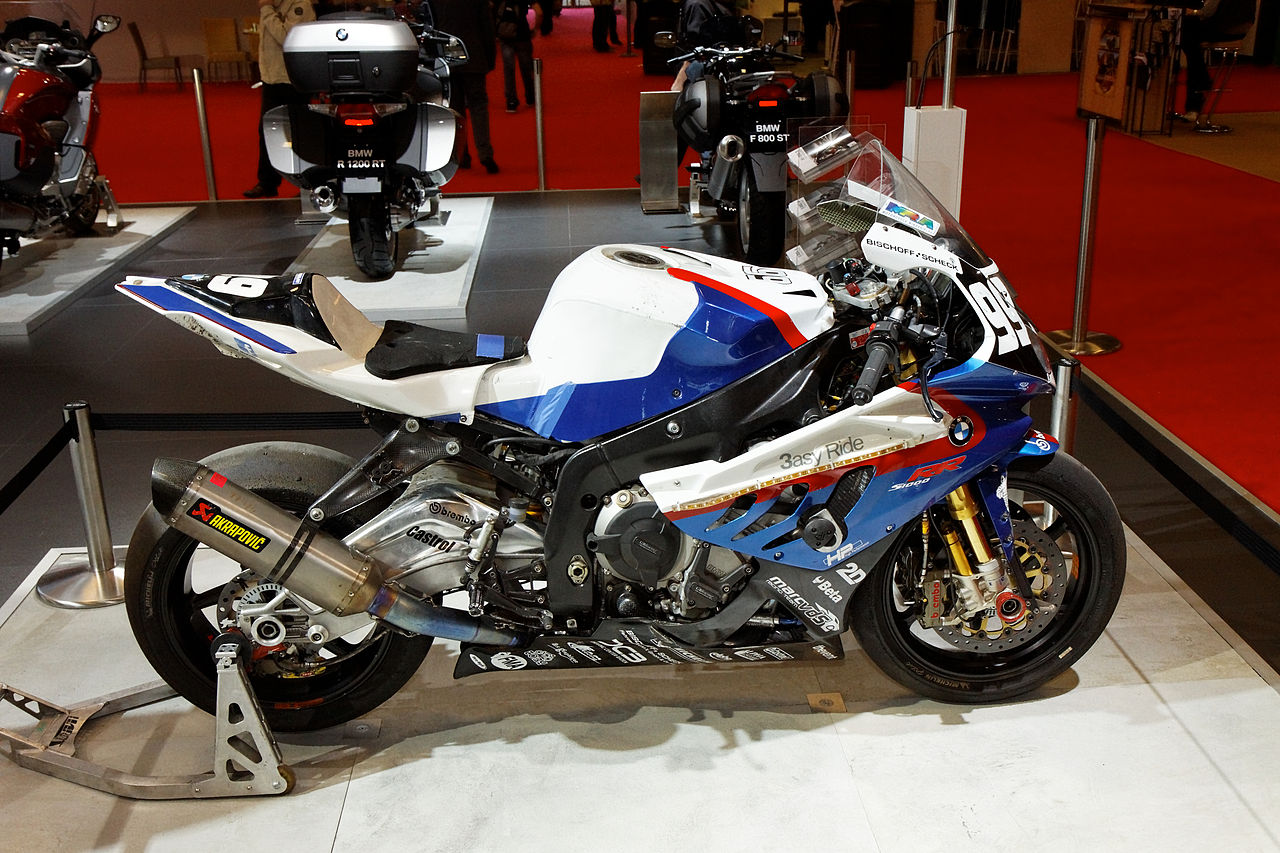 file paris salon de la moto 2011 bmw s1000 rr team bmw motorrad france. Black Bedroom Furniture Sets. Home Design Ideas