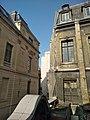 Paris 2 - hôtel de Nevers (façade et cour depuis la rue Colbert) 2.jpg