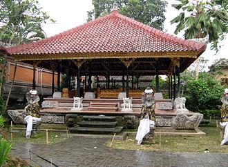 Ubud - One of the halls of Ubud Palace