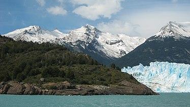 Perito Moreno Glacier January 2008 01.jpg