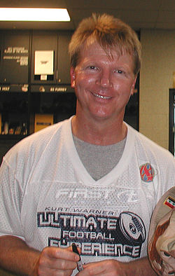 The 63-year old son of father (?) and mother(?), 190 cm tall Phil Simms in 2018 photo